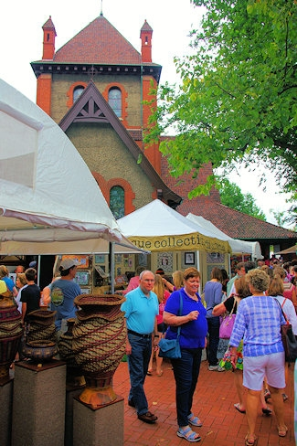 Biltmore Village Art Craft Fair  Hours