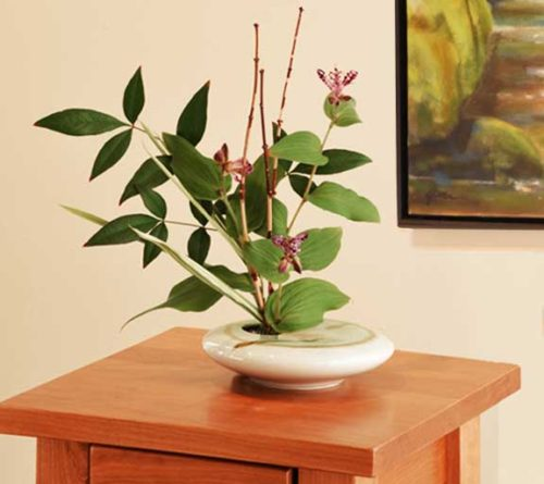Beautiful Ivory Zen porcelain ikebana for live and dried flower arrangements.